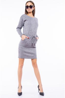 Платье приталенного покроя 110P040