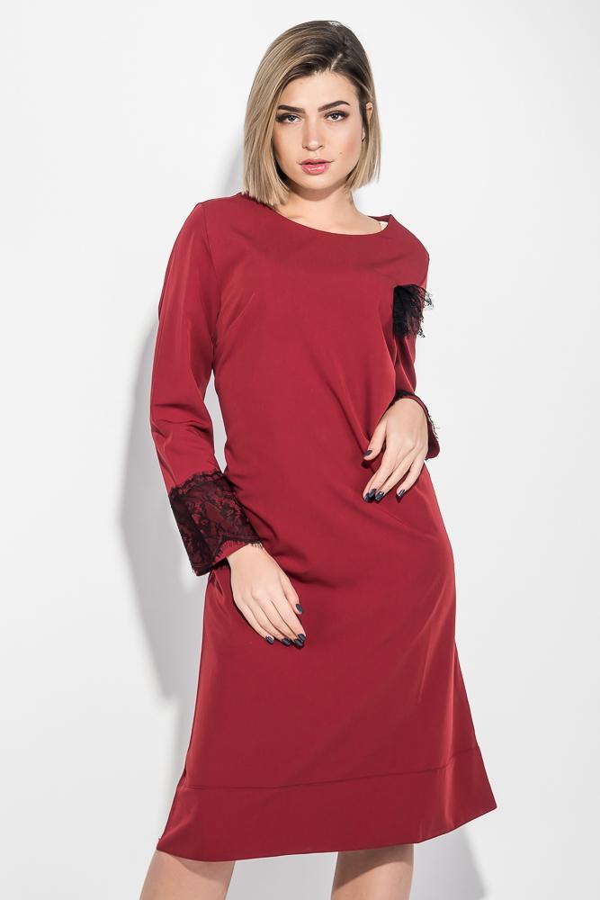 Платье женское (батал) элементом декора на рукаве и груди 74PD339
