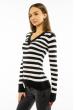 Пуловер женский с V-образным вырезом 618F095 черно-молочный
