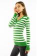 Пуловер женский с V-образным вырезом 618F095 зелено-молочный