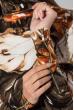 Боди женское принтованное, на кнопках, длинный рукав 64PD93 черно-розовый , горох
